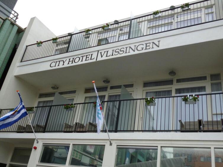 CityHotel4
